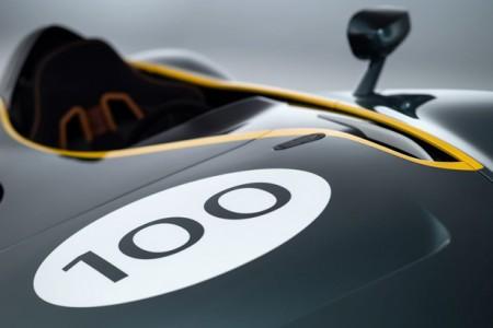 Aston Martin CC100 спорткар