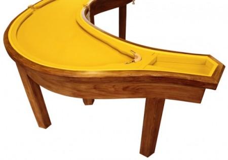 стол-банан