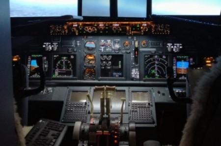 самодельная кабина самолета Boeing 737