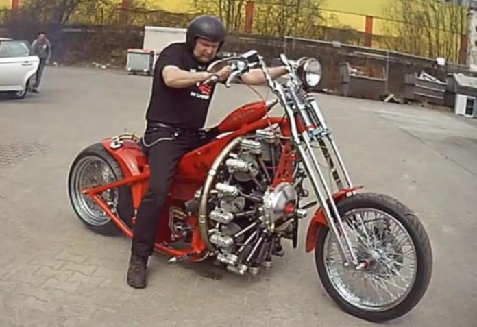мотоцикл Red Baron