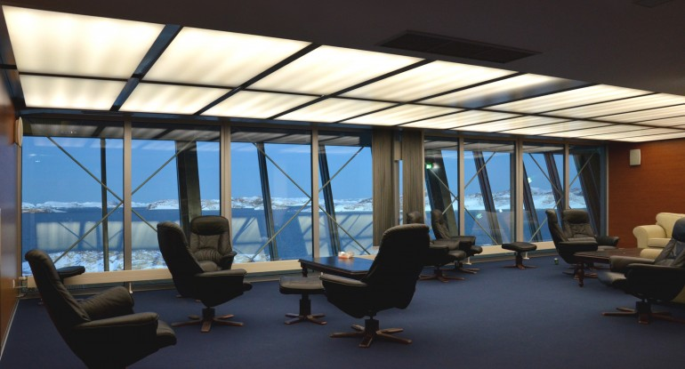 Панорамные окна исследовательской базы