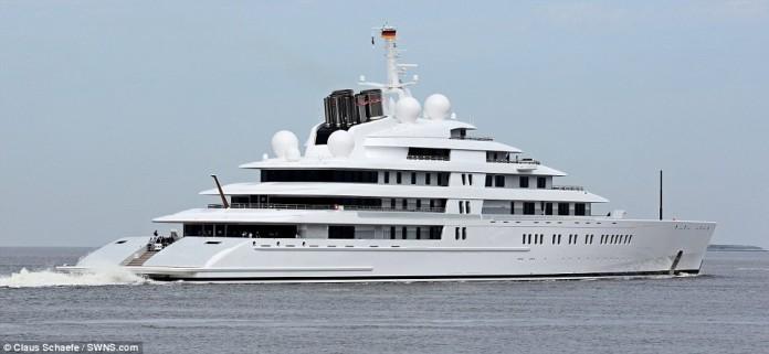 самая крупная яхта в мире, Аззам