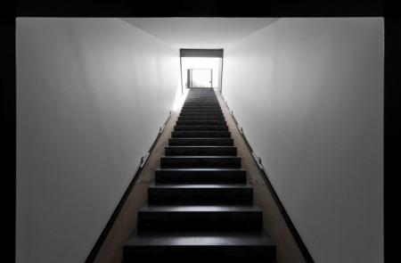 caterpillar_house лестница