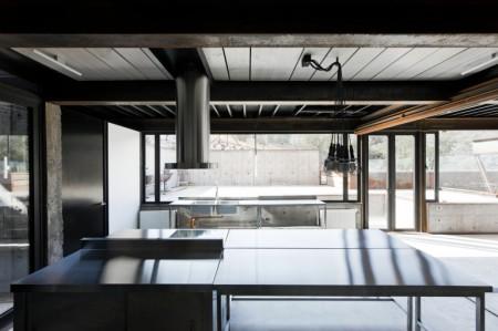 кухня caterpillar_house