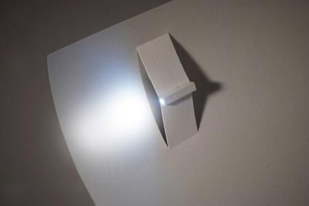 светодиодный фонарик в действии