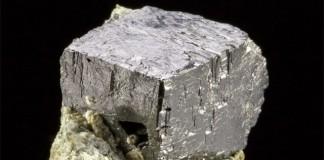 минерал перовскит