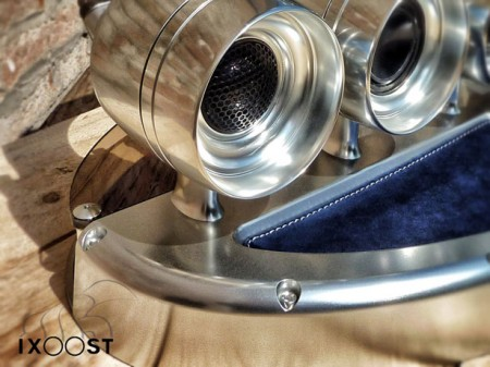 ixoost-audio-system-for-iphone
