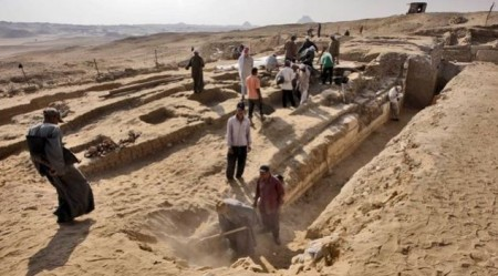 могила древнеегипетского жреца