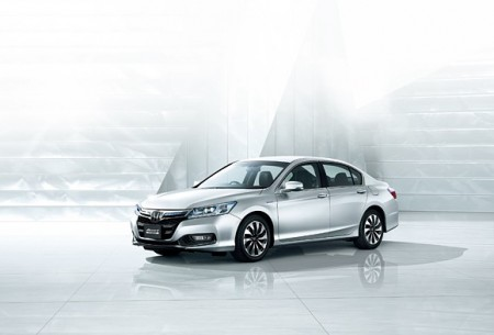 Гибрид 2014 Honda Accord