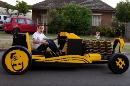 Автомобиль из конструктора