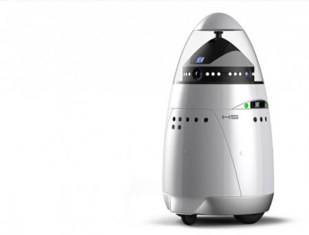робот охранник