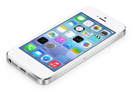 Obzor-Apple-iPhone-5C-krash-test-i-harakteristiki-3