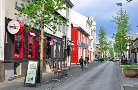 small-street-reykjavik