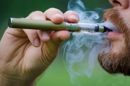 1416427581_elektronnye-sigarety-menyayut-leksiku-angloyazychnyh-stran