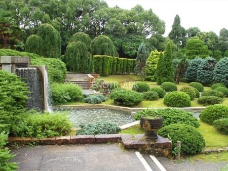 modern-garden-landscaping