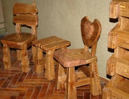 Мебель-из-натурального-дерева.-Средства-и-методы-ухода