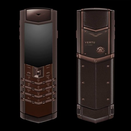 vertu-signature-s-pure-chocolate