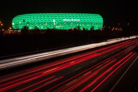 bayern-munich-allianz-arena-philips-led-facade