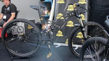 bees-bikes-eurobike-5