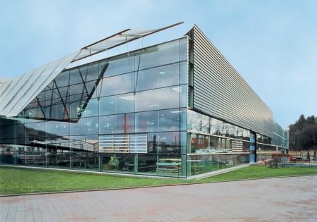 svetoprozrachnye-fasadnye-konstrukcii_1