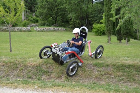 swincar-tilting-4-wheel-spider-car-15@2x