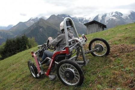 swincar-tilting-4-wheel-spider-car-2@2x