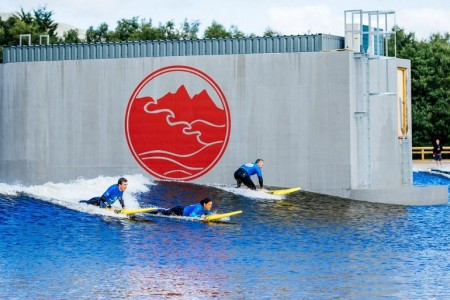 wavegarden-surf-snowdonia-artificial-surf-park-1