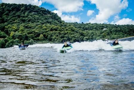 wavegarden-surf-snowdonia-artificial-surf-park-3