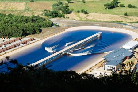 wavegarden-surf-snowdonia-artificial-surf-park
