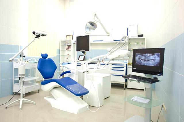 Советы стоматологов по отбеливанию зубов