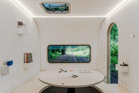 dojowheels-mobile-office-caravan-6
