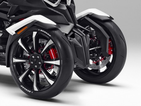 honda-neowing-three-wheeled-motorcycle-3