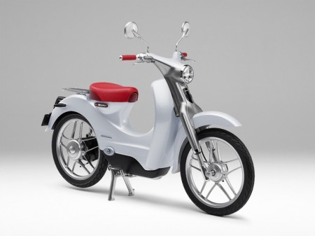 honda-neowing-three-wheeled-motorcycle-5