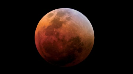 lunar-eclipse-blood-moon-1