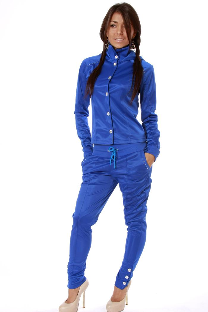 Женские утепленные костюмы для прогулок