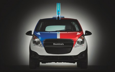 dominos-delivery-expert-pizza-delivery-vehicle-3