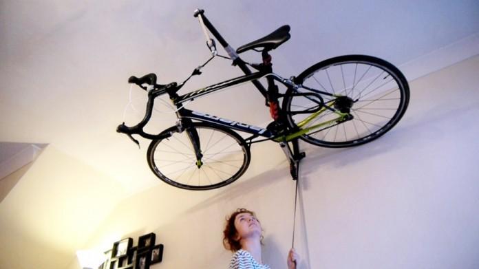 Опубликована идея гаража на потолке
