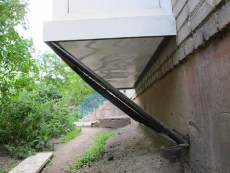 balkon-na-pervom-etazhe-03