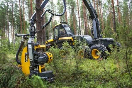 ponsse-ergo-8w-timber-harvester-1
