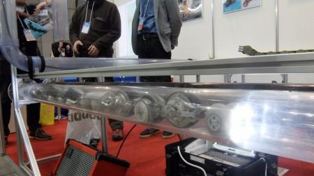 Токийская компания представила робота-червя