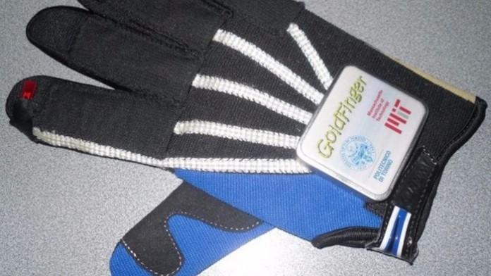 Ученые изобрели перчатку для дистанционного управления