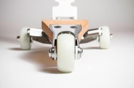 Разработан скутер-пояс