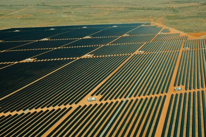 В Австралии открылось два завода по производству солнечной энергии