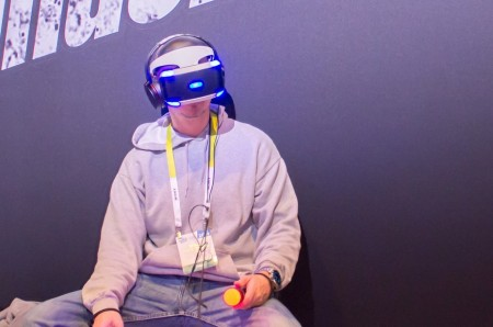 PlayStation представил свой вариант шлема VR