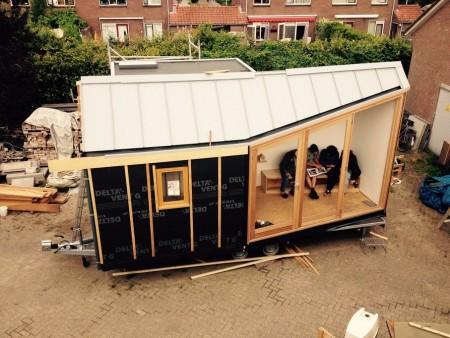 Голландский дизайнер хочет построить деревню из био-домиков