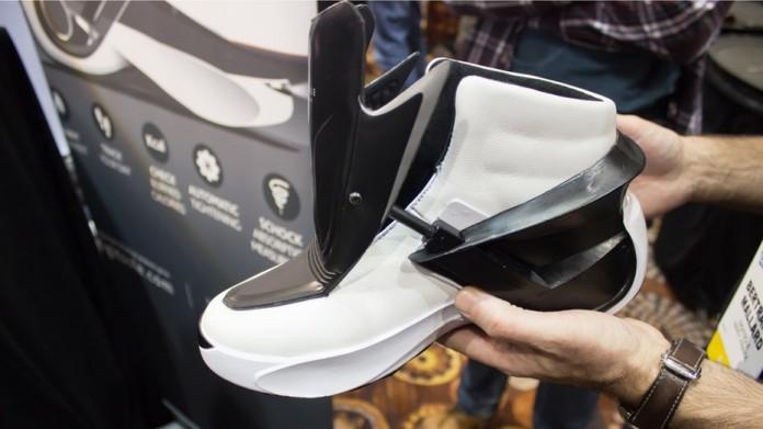 Наконец-то Digitsole представили кроссовки схожие с