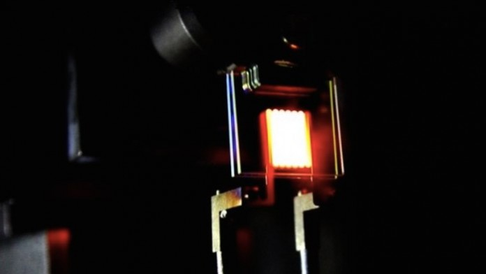 Ученые разработали лампу накаливания перерабатывающую собственное тепло