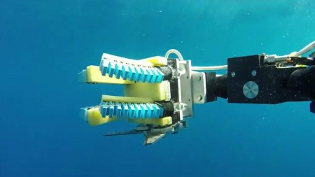 underwater-exploration-soft-robotic-hands-1