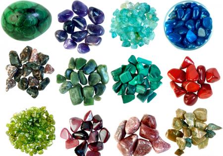1-kak-pravilno-zaryazhat-naturalnye-kamni