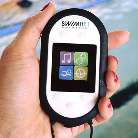Разработан смарт-тренер для пловцов